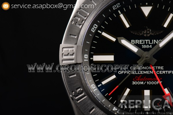 Breitling Avenger II GMT Orologio A3239011/BC34-153S